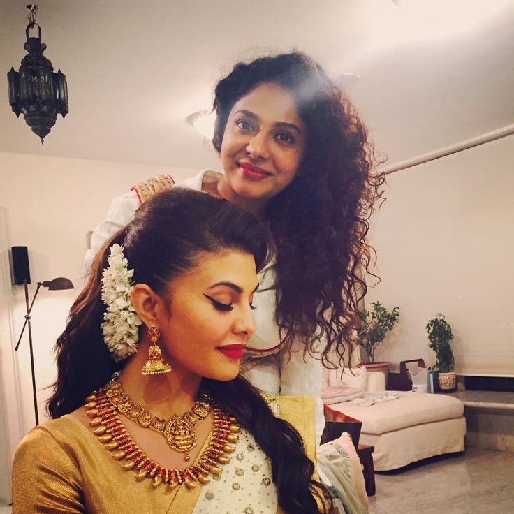 """@jacquelinef143 #hairandmakeup @shaanmu #funtimes #PRANAAH #traditional #keralalook #gold#offwhite #antiquejewellery"""
