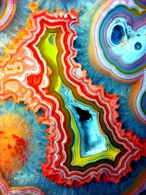 fractal mineral art: Design Milk, God Is, Colors, Beautiful, Rainbows, Agates, Fractals, Minerals, Mothers Natural