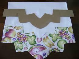 Resultado de imagem para moldes de reguas para barrados de flores
