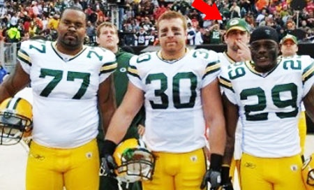 Aaron Rodgers photo bombing...love that guy