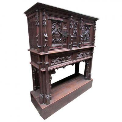 Les 25 meilleures id es de la cat gorie meubles gothiques for Entreposage de meuble