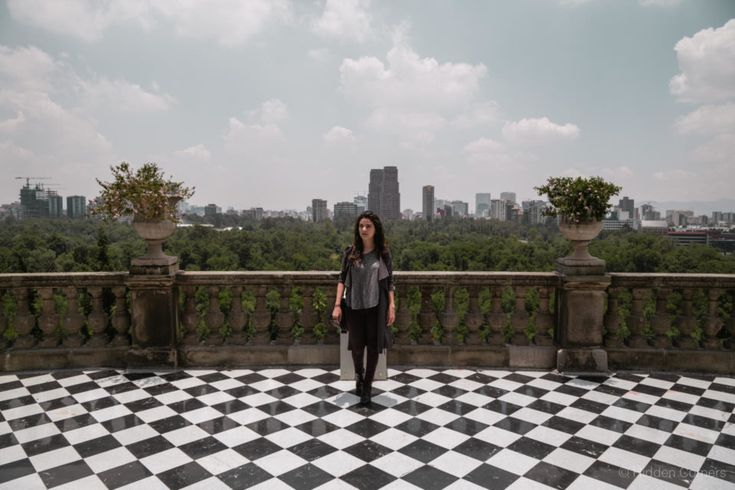 The views from the balconies are incredible. Mexico City in all its glory.