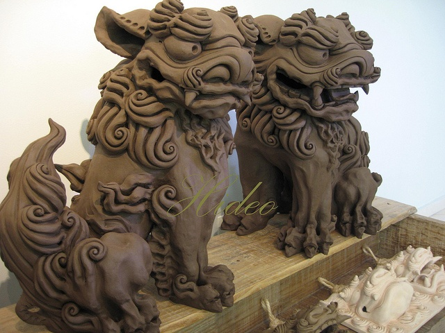 shisa by shisa hideo via flickr foo dogs shisa and me pinterest photos and love. Black Bedroom Furniture Sets. Home Design Ideas