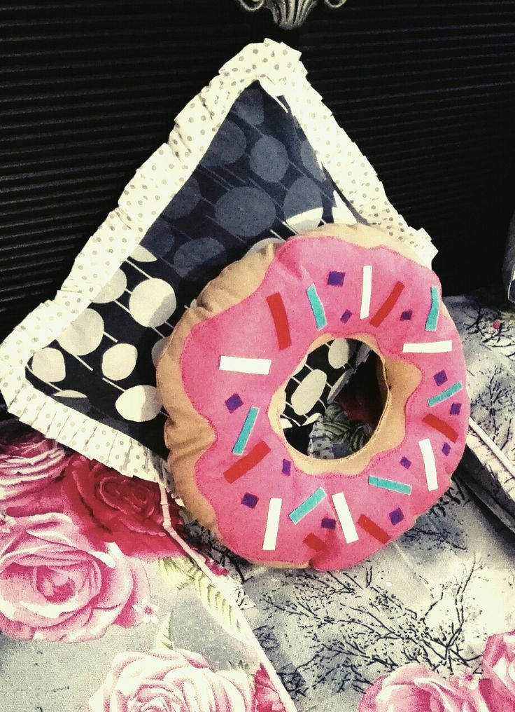 DONUT PILLOW~Made for my bed...