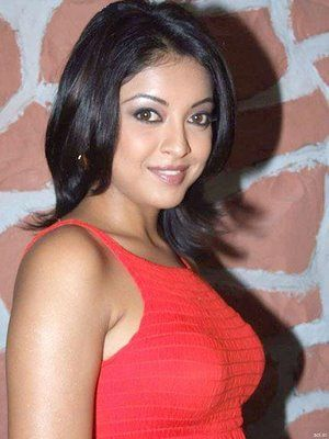Hot Tanushree Dutta Pictures ~ World Gossips