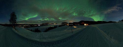Northern lights in Namdalseid by kaimp, via Flickr