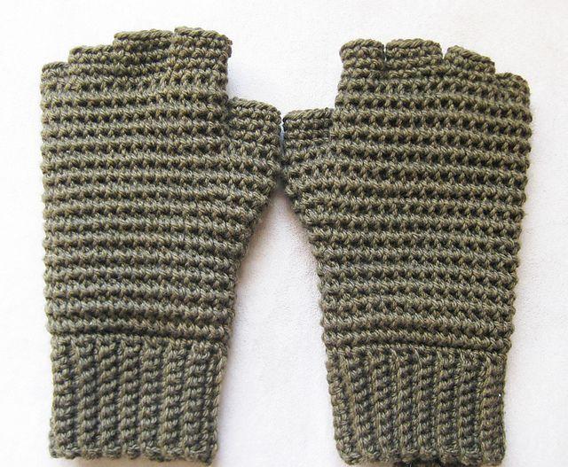 22 Best Gloves Images On Pinterest Fingerless Gloves Fingerless