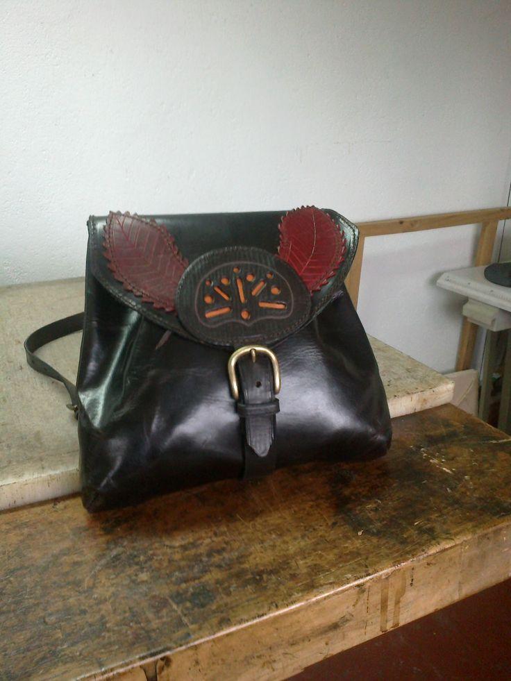 Bandolera de #cuero #bolso #bag #bandolera #leather