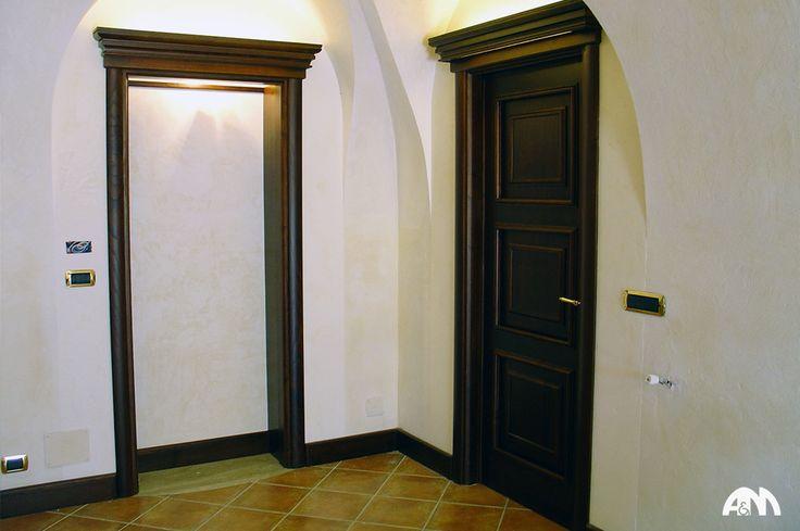 Porte in legno massiccio realizzate su misura per una casa d'epoca al centro di Roma www.arrediemobili.com