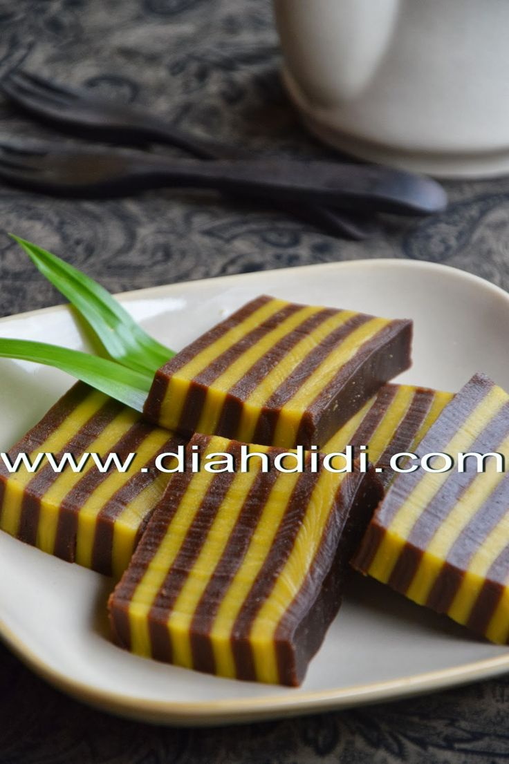 Diah Didi's Kitchen: Kue Lapis Beras Labu Kuning & Coklat