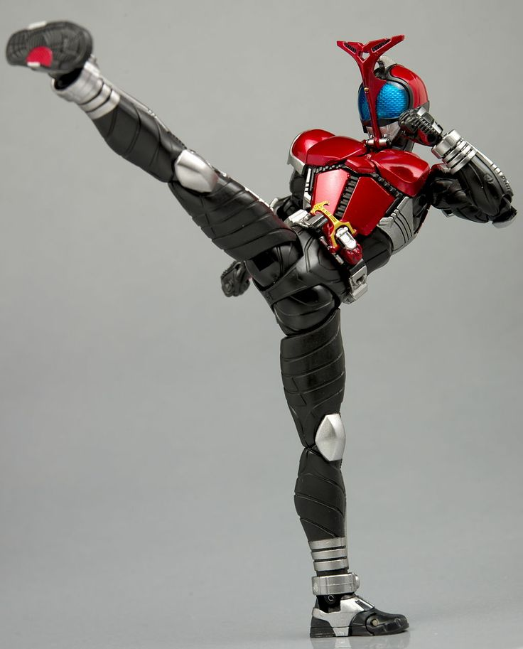 S.H.Figuarts 仮面ライダーカブト ライダーフォーム