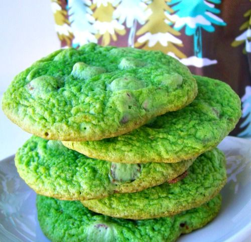 Tis' the Season for the Grinch and with these cookies you will have all smiles!