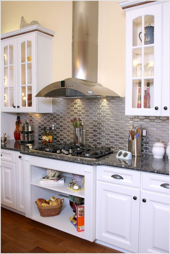 Kitchen Traditional Jacksonville Beige Wall Cooktop Glass Cabinets