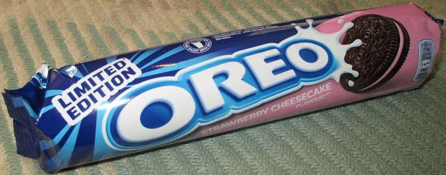 FOODSTUFF FINDS: Limited Edition Oreo Strawberry Cheesecake (Morrisons) By @Cinabar