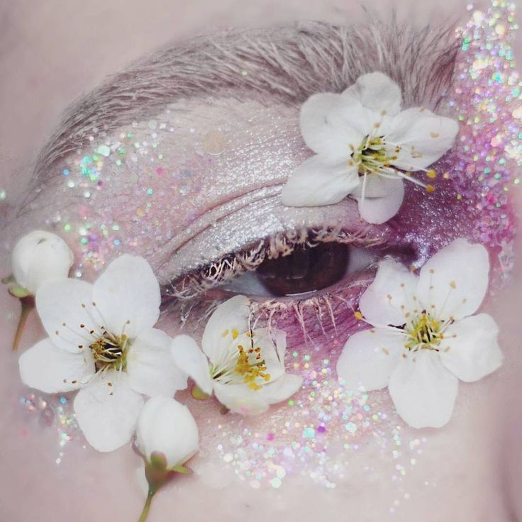 Floral Eye Makeup on Instagram Takes the Spring Trend Literally | Allure