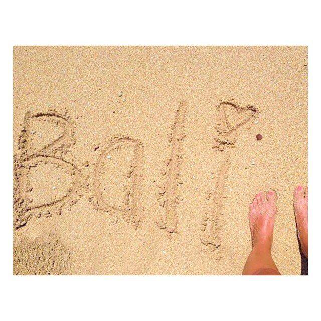 Pour celles et ceux qui suivent notre blog depuis son commencement vous savez certainement que Fanny est partie seule à Bali il y a 2 ans, dans l'optique d'une nouvelle expérience et de relever un nouveau challenge. Son circuit Bali en 14 jours est maintenant en ligne sur le blog. Il a inspiré (pour les étapes) notre Exploratrice Caroline qui arrive aujourd'hui dans les iles Gili ! Merci pour votre soutien depuis 5 mois et au plaisir de vous aider à monter votre voyage, que ce soit solo, en…