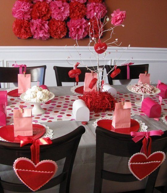 10 Ideas for Setting Your Valentine's Day Table — The Kitchn | Décoration de la maison