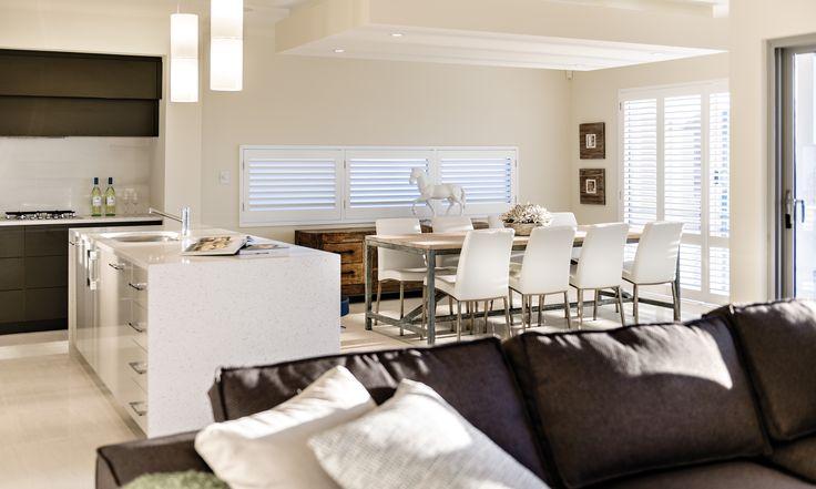 panorama upside down living | APG Homes