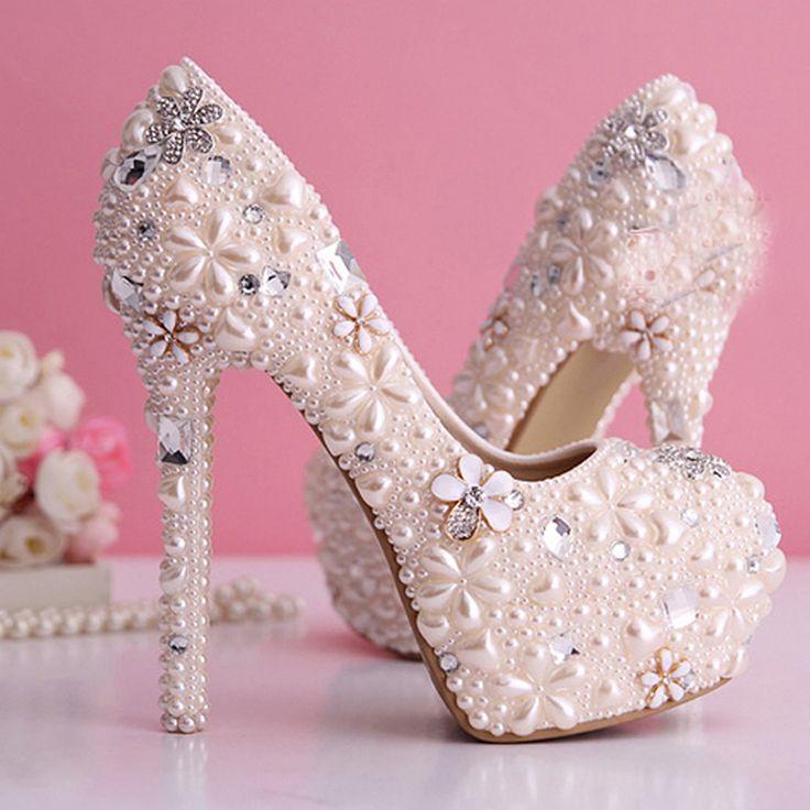 Mejores 77 imágenes de Shoe CrAzY!? en Pinterest   Tacones altos ...