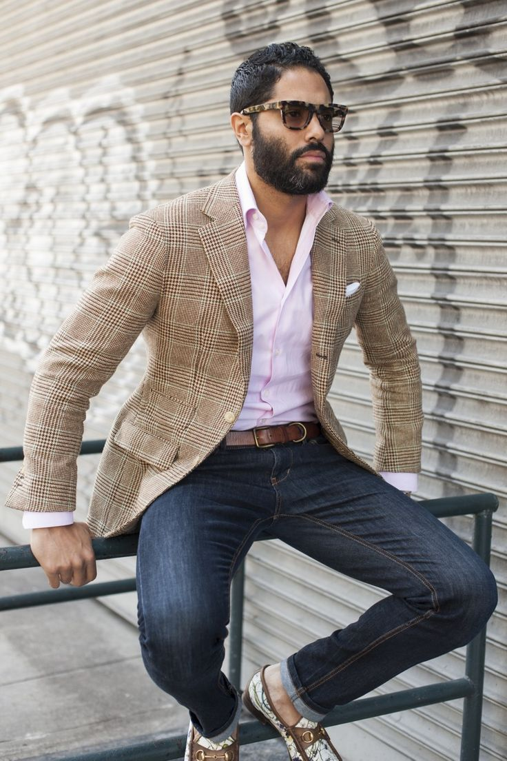 Shooting in the Lower East Side of Manhattan. Photo Credit: Alex Crawford (TSBmen) Jacket - A|B Unconstructed Summer Tweed Shirt - A|B High Collar House Shirt Glasses - Retro Super Future Belt - Vintage Jeans - Zara Shoes - Gucci 1953 Collection