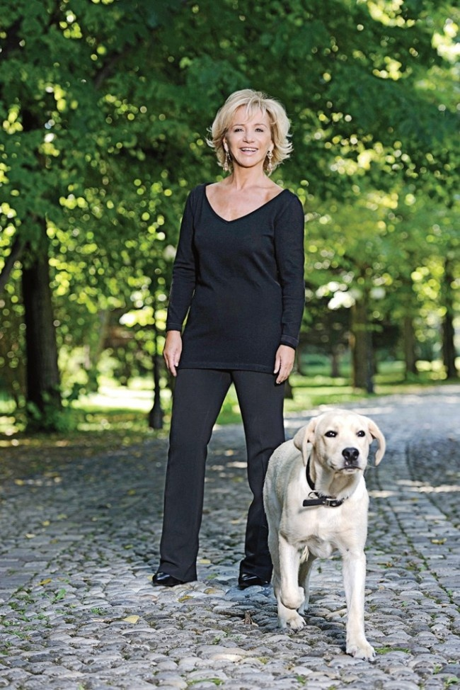 Alberta Ferretti and Alfonso, her golden Lab
