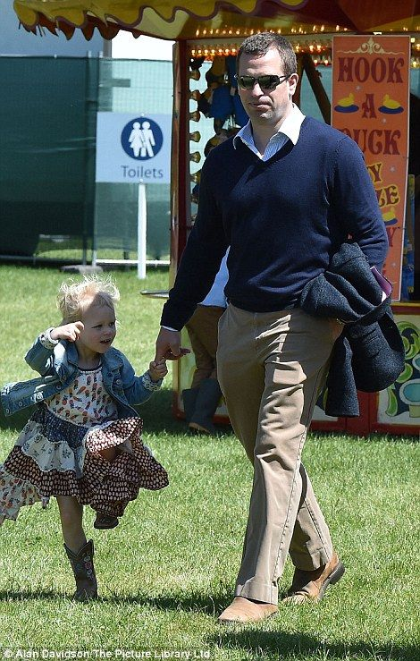 The Queen's great-grandchildren enjoy day at Royal Windsor Horse Show | Daily Mail Online