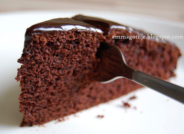 Emma Gotuje: W pełni razowe ciasto czekoladowe. Uśmiech dla Gin.