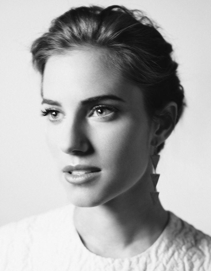 Allison Williams, photographed by Peter Hapak for Variety, June 9, 2014.