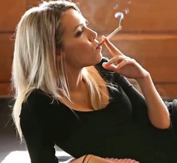 42 best pause cigarette images on Pinterest | Smoking ladies, Smokers and Women smoking