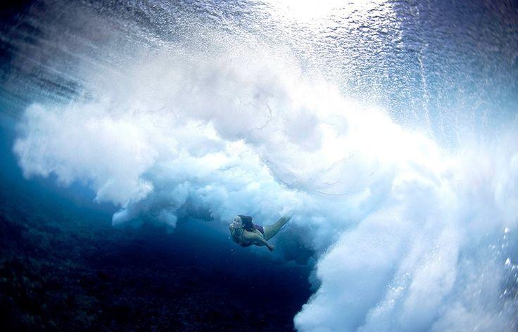 Cloudbreak, Tavarua, Fiji, Underwater Surfing Photos