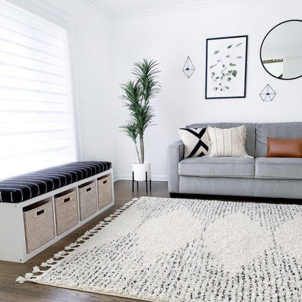 Temara Moroccan Diamond Pinstripes Tassel Off White Rug In 2020 White Rug Kids Bedroom Inspiration Apartment Decor