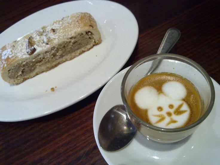 Two Ants Cafe, Elizabeth Bay, Sydney.