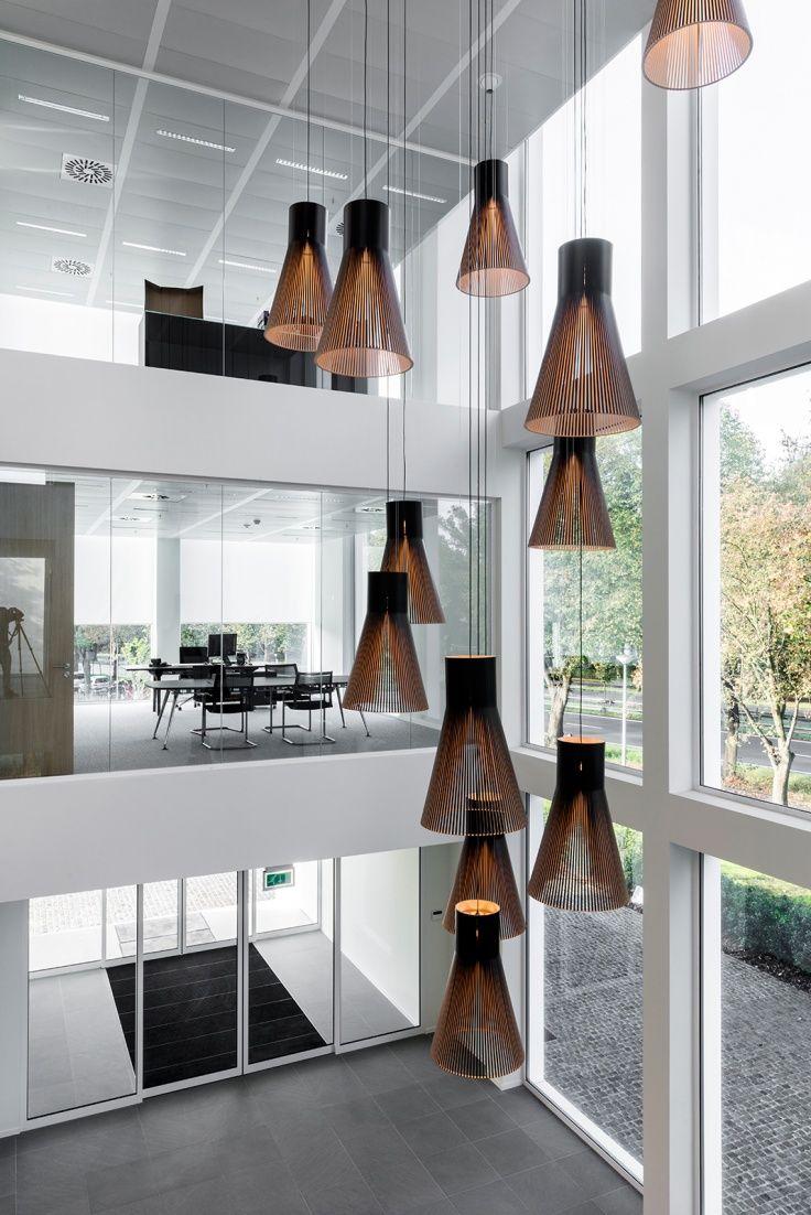 Magnum 4202 VPK Packaging, New headquarters.  Aalst, Belgium. Architecture and interior design by De Cort & Dervichian. Photo by De Cort & Dervichian.