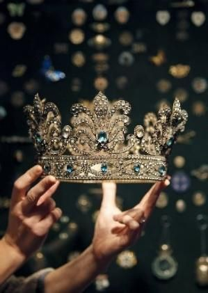 Crown by Joao.Almeida.d.Eca
