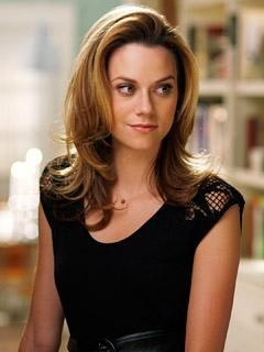 Hilarie burton and Hairstyles on Pinterest