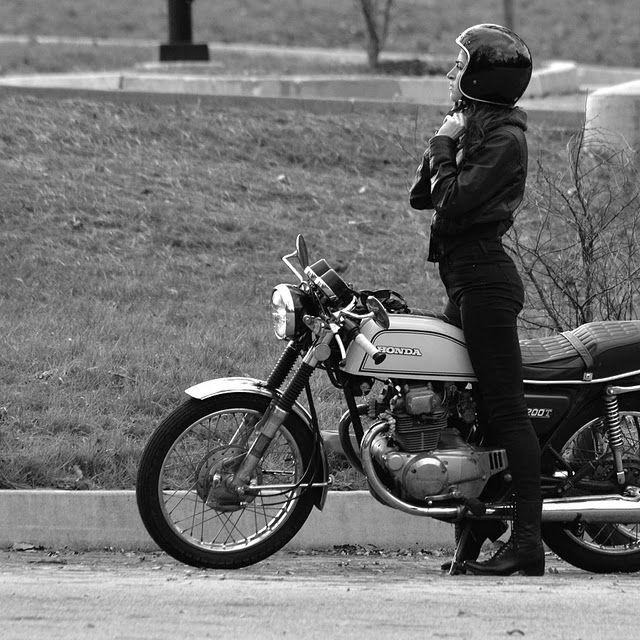 Honda CB200 girl: http://www.returnofthecaferacers.com/2011/11/honda-cb200-cafe-racer.html