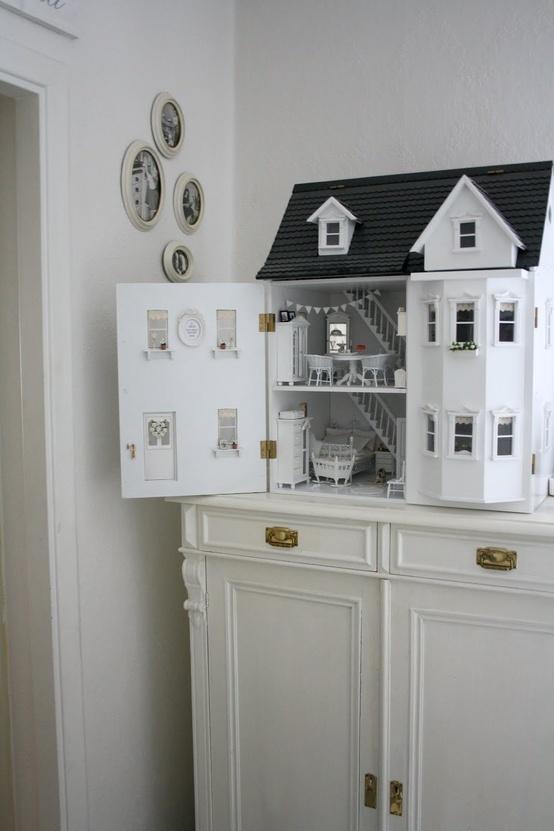 25 einzigartige barbie m bel ideen auf pinterest barbie haus m bel diy puppenhaus und. Black Bedroom Furniture Sets. Home Design Ideas