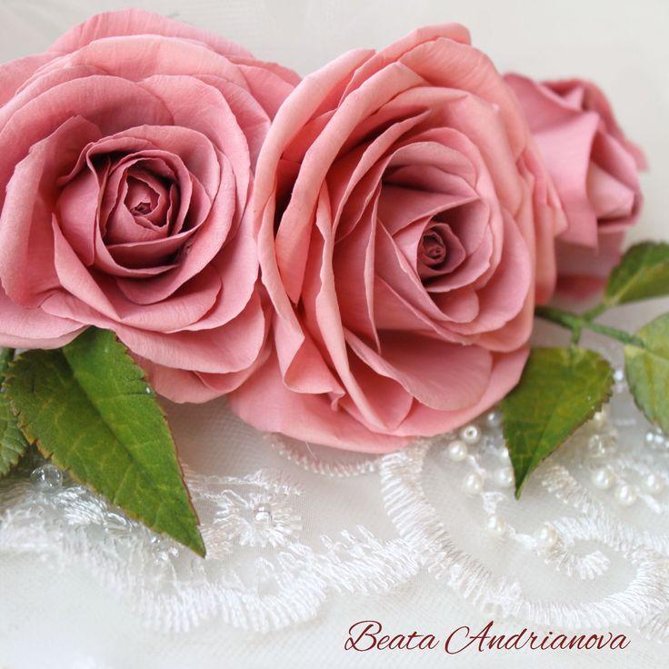 Foamiran flowers by Beata A.RT: https://www.instagram.com/beata_a.rt/