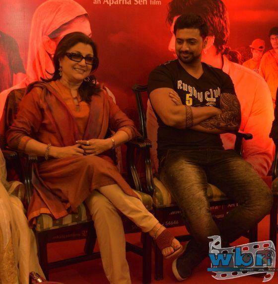 DEV and Aparna Sen - Aparna Sen's ARSHINAGAR Releases Music Soundtrack by Debojyoti Mishra in Kolkata with DEV, Rittika Sen and Jisshu Sengupta: http://www.washingtonbanglaradio.com/content/125060815-aparna-sens-arshinagar-releases-music-soundtrack-debojyoti-mishra-kolkata-dev-ritt