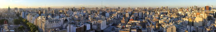 EL PARAISO O EL INFIERNO: FELIZ CUMPLEAÑOS BUENOS AIRES Mi ciudad cumple años. Pocos se han acordado porque habitualmente es una fecha que no se festeja. Y no entiendo por qué. Amo a mi ciudad, tengo su piel fundida con mi piel y ella me pertenece como yo le pertenezco. FELIZ CUMPLEAÑOS AMADA BUENOS AIRES, a mi se me hace cuento que empezó Buenos Aires, la juzgo tan eterna como el agua o el aire.