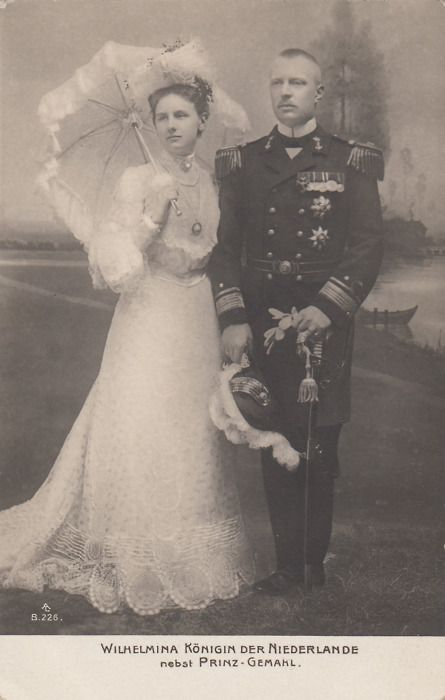 Engagement image of Queen Wilhelmina of Netherlands with prince Heinrich of Mecklenburg- Schwerin.
