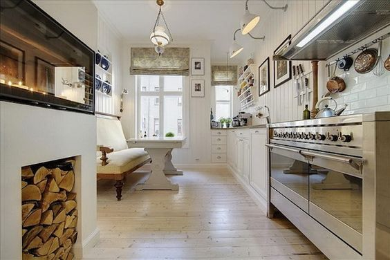 Miss Hurley\'s Smallbone kitchen has the classic celebrity features ...