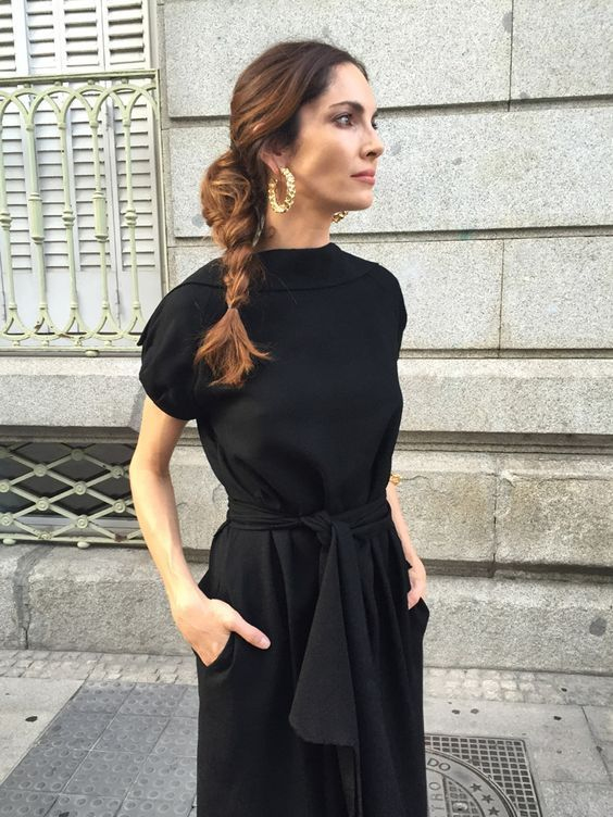 Minimal trends | Chic black tunic