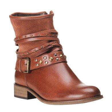 Bota Cano Curto Pinhão de Couro e Camurça com Tachas - Shoestock