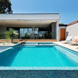 Best 25+ Modern pool and spa ideas on Pinterest   Container pool ...