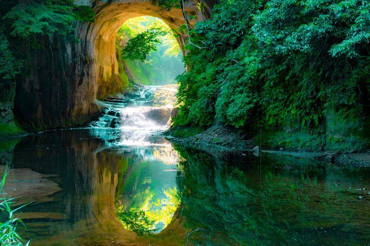 モネの池に夢の吊り橋神秘的な日本各地のおすすめスポット4選
