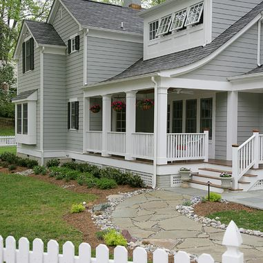 Benjamin moore cobblestone path exterior design for Light gray exterior paint