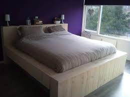 Afbeeldingsresultaat voor bed steigerhout ijzer