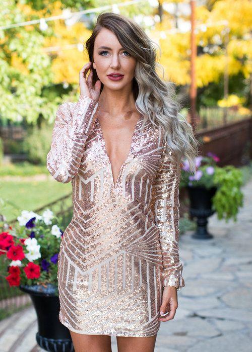 Boutique, Online Boutique, Women's Boutique, Modern Vintage Boutique, Dress, Sequin Dress, Champagne Dress, champagne Sequin Dress, Short Dress, Long Sleeve Dress, Low V-neck Dress, Geometric Design Dress, Cute, Fashion
