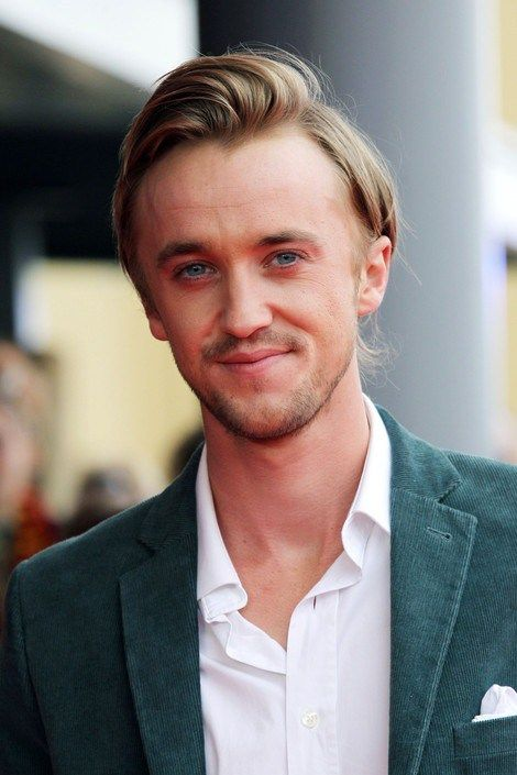 Tom Felton Height, Weight, Biceps Size and Body Measurements